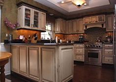 Kitchen, Rustic Inspired Kitchen Cabinet With Dark Finished Wooden Floor  For Traditional Kitchen Design: The Most Popular Kitchen Cabinets In  Shaker, ...