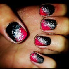it kinda looks like the galaxy!!! :}