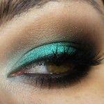 A sombra Color Tattoo Edgy Emerald da Maybelline
