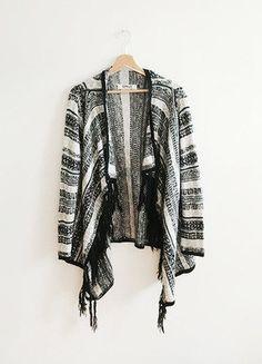 Kup mój przedmiot na #vintedpl http://www.vinted.pl/damska-odziez/kardigany/15807418-only-sweterek-narzutka-azteckie-wzory-fredzle-boho-folk-must-have-waterfall-annikao-aztec
