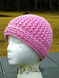 Remember when I made the video tutorial of the fpdc/bpdc stitches? Well.....here's a hat pattern using those stitches. If you haven't watched the video, I can assure you these hats ARE made using...