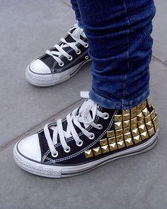 DIY: Studded converse #studs #converse