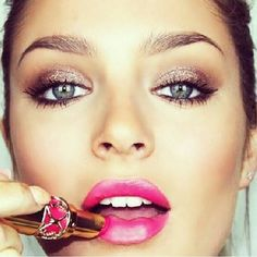 Chloe Morello - Neutral sparkly eye and hot pink lips