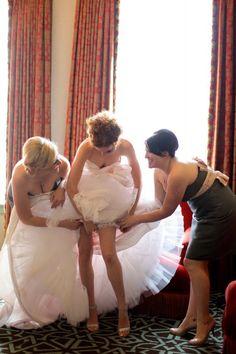 wedding day getting ready photos