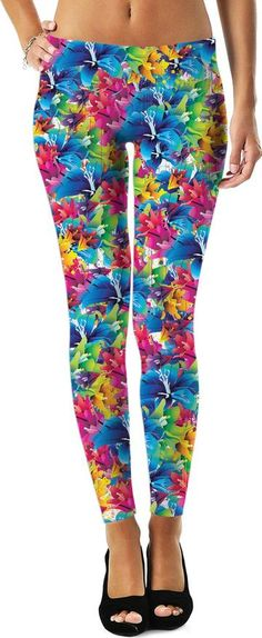 Colorful leggings - Share the joy! Are you waling on sunshine? Somedays you just want to be whimsical - even if it is just to irritate others. Blue Leggings, Colorful Leggings, Capri Leggings, Yoga Pant, Color Vector, Style And Grace, Blue Orange, Girl Outfits, Clothes For Women