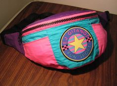 I had this exact fanny pack.     Yes, I'm admitting owning, and wearing, a fanny pack.