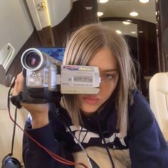 Aesthetic Photo, Aesthetic Pictures, Simi Haze, Parisian Girl, Photo Dump, Photo Instagram, Instagram Summer, Instagram Girls, Indie Kids