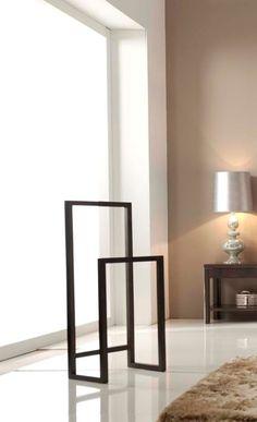 Galán de noche moderno Luvia Spa Furniture, Steel Furniture, Modern Interior, Interior Design, Wooden Decor, Stand Design, Bathroom Interior, Home Accessories, Decoration