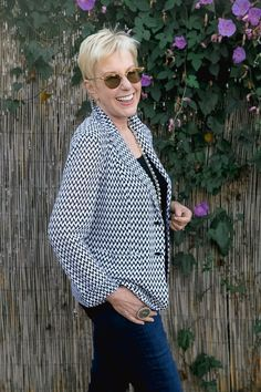 Lightweight knit summer jacket worn by style blogger Susan B. at une femme d'un certain age