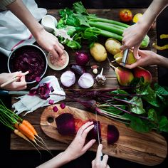 Looking for Vegan recipes? Find the best Vegan ideas on Food & Wine with recipes that are fast & easy. Dietas Detox, Gluten Free Menu, Quorn, Tzatziki, Butter, Sour Cream, Pumpkin, Stuffed Peppers, Homemade