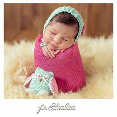 #bomdia  e um feliz dia das mães para essas  mulheres q tem esses pacotinhos em casa _e lógico para aquelas q seus pacotinho já cresceram mas ainda vê assim #diadasmaes  #crochet  #amigurumi #amoremcadapontinho  #love by atelier_flordeliz