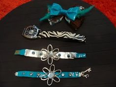 craft ideas for you and your bitty ones: Hair bows with matching bracelets out of duct tape Duct Tape Projects, Duck Tape Crafts, Bead Crafts, Jewelry Crafts, Duct Tape Bracelets, Tapas, Tape Art, Bracelet Tutorial, Diy Bracelet