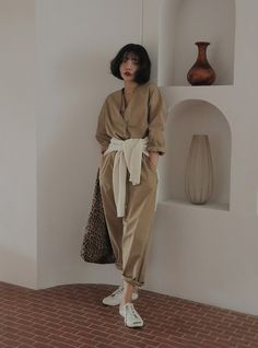 Drawstring Waist V-Neck Jumpsuit Korean Fashion Trends, Korean Street Fashion, Asian Fashion, Beige Outfit, Cute Fashion, Vintage Fashion, Fashion Outfits, Aesthetic Fashion, Aesthetic Clothes