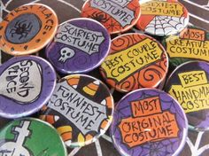 award buttons for a halloween costume contest - Halloween Contest Prizes