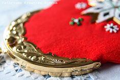 Cathrines Kreative Hjørne: Sy selv: Bunadsveske med innerlomme og monogram! Cuff Bracelets, Monogram, Image, Jewelry, Ideas, Hardanger, Creative, Bijoux, Jewlery