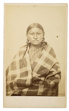 CDV of Southern Cheyenne Woman, Western & Historic Americana, Dec and Native American Beauty, Native American Photos, Native American Tribes, Sioux, Cheyenne Indians, Colorado, First Nations, Nativity, Daughter