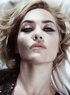 Kate Winslet photographed by Tom Munro. Kate Winslet will be playing Jeanine in Divergent! Kate Winslet, Beauty Makeup, Hair Makeup, Hair Beauty, Eye Makeup, Makeup Kit, Makeup Contouring, Flawless Makeup, Gorgeous Makeup