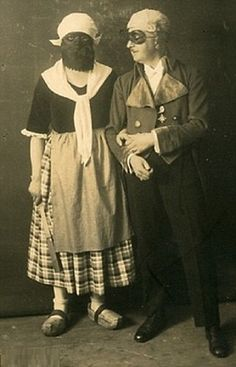 Vintage photographs of Halloween costumes...Just charming...