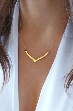 Lovely Clusters - Beautiful Shops: Layering V Necklace