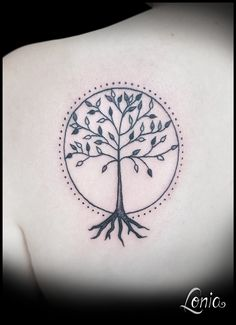 tatouage lonia tattoo arbre de vie celte poignet tatoo pinterest tatoo and tattoo. Black Bedroom Furniture Sets. Home Design Ideas