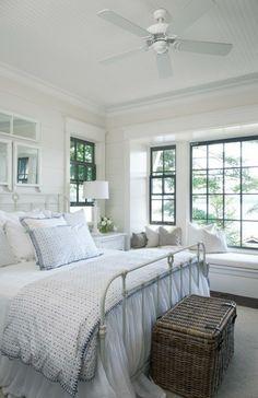 Pale Blue And White Muskoka Bedroom (© Michael Graydon)