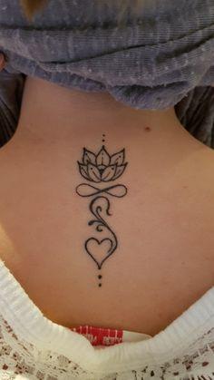 Sholder Tattoos for Men . Sholder Tattoos for Men . Pin On Design Tattoo Ideas Lotusblume Tattoo, Unalome Tattoo, Tattoo Trend, Henna Tattoo Designs, Tattoo Blog, Spine Tattoos, Forearm Tattoos, Body Art Tattoos, Small Tattoos