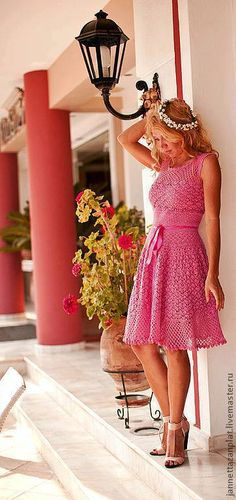 Simple, fuller skirted dress - njn ....#inspiration_crochet_diy GB ...