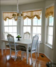 Superbe Kitchen Table Redo By The Slipcover Girl, Via Flickr