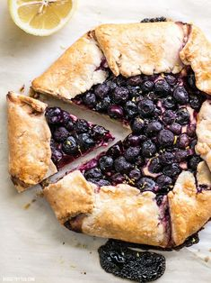This Lemon Blueberry Cream Cheese Galette is a simple and rustic dessert that can be made with frozen or fresh berries Easy Desserts, Delicious Desserts, Dessert Recipes, Yummy Food, Homemade Desserts, Yummy Treats, Sweet Treats, Galette Recipe, Dulce De Leche