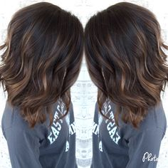 Top best Balayage hairstyles for natural black and brown hair.This subtle Balayage hairstyle looks completely natural and more stylish on long hairs. A subtle balayage is a hair color solution you can safely afford no matter what . Hair Color And Cut, Brown Hair Colors, Cool Hair Color, Dark Fall Hair Colors, Hair Color Balayage, Blonde Balayage, Lob Balyage, Balayage Highlights, Caramel Balayage