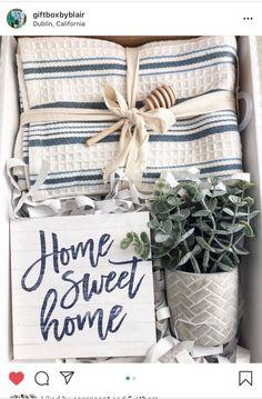 House warming gift on Mercari Homemade Housewarming Gifts, Housewarming Gift Baskets, Diy Gift Baskets, Homemade Gifts, Creative Gifts, Cool Gifts, Diy Gifts, Welcome Home Gifts, New Home Gifts