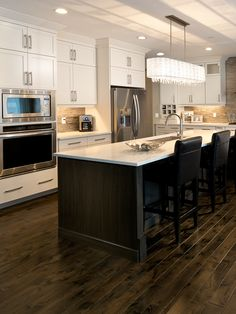 Morrison Homes is a Calgary Home Builder, specializing in front garage homes, luxury estate, quick possession homes & townhomes. Visit a show home today! Calgary News, Morrison Homes, Luxury Estate, Home Builders, Townhouse, My House, Kitchens, New Homes, Spaces