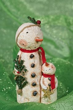 Add this whimsical snowman figurine to your holiday décor for a touch of festive flair in your home. Primitive Christmas, Christmas Snowman, Vintage Christmas, Christmas Holidays, Christmas Ornaments, Primitive Doll, Primitive Snowmen, Christmas Paper, Christmas 2019