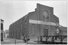 Deze voorheen R.K. kerk is een graanpakhuis/opslag geworden onder beheer van CHV/NCB.