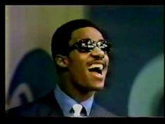 Stevie Wonder - For Once in my Life  「出会ったのは18歳の時だったんだけど、Stevie Wonderにもボーカルは凄い影響受けた。この人からも歌の中での裏声の使い方を学んだ。それまで裏声って学校の音楽の授業で合唱する時に使う軟弱なイメージしかなかったんだけど、ロックやポップスやソウルでも全然使えるんだってことを強く思い知らされた。」(Jun)