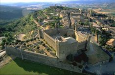 Montalcino, Italy. One of our all time favorite places on earth. Just beautiful!
