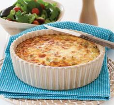 Salmon crustless quiche Source by oldladyskatie Tinned Salmon Recipes, Fish Recipes, Seafood Recipes, Great Recipes, Cooking Recipes, Favorite Recipes, Cooking Ideas, Salmon Meals, Dinner Recipes