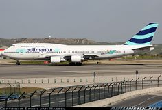 Boeing 747-446 aircraft picture