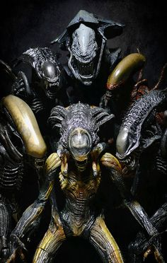 Alien Queen, Classic Alien, Alien Warrior (AVPR), Warrior Alien (Alien Resurrection), Predalien and Praetorian Alien. // Aliens!!! Take 2 - Sweet Xenomorph Family by Jova Cheung, via Flickr