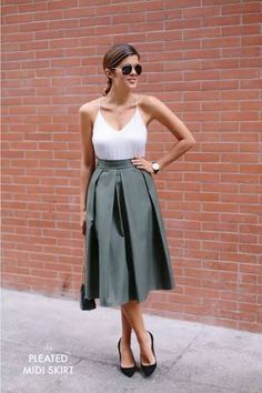 Resultado de imagen de how to style a straight cut pleated midi skirt