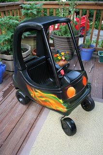 Pimp My Ride -- Cozy Coupe Toddler Car Makeover from Pink and Green Mama Blog