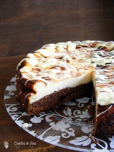 Browni no cheescake Cheescake Brownies, Cheescake Recipe, Cheesecake Cake, Just Desserts, Delicious Desserts, Dessert Recipes, Yummy Food, Chocolate E Queijo, Fondant Cakes