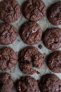 Vegan Gluten-Free Chocolate Cookies. No wheat, no dairy or eggs, and insanely decadent! These vegan cookies are crispy on the outside and chewy in the middle. #vegancookies #veganchocolatecookies #veganglutenfreecookies #glutenfreecookierecipe Vegan Gluten Free Cookies, Gluten Free Chocolate Cookies, Gluten Free Flour, Gluten Free Desserts, Dairy Free Eggs, Vegan Butter, Dessert Ideas, Plant Based, Vegan Recipes