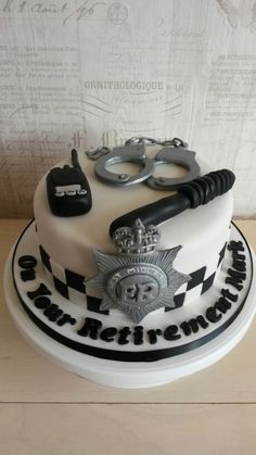 Police themed retirement cake