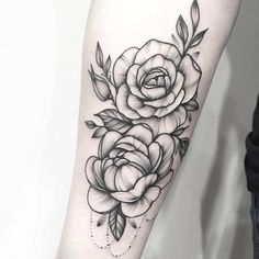 Floral tattoo by Anna Bravo