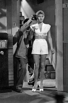 "Lana Turner on the set of ""The postman always rings twice"" Dir. T. Garnell 1946"