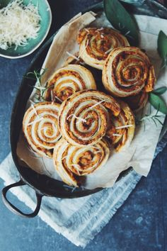 cheesy vegan pumpkin rolls | RECIPE by hot for food