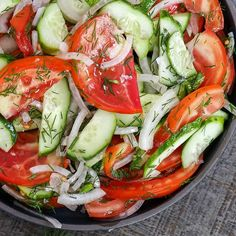 Crunchy, fresh, and vibrant, the Classic Garden Cucumber Tomato Salad is a beloved side dish in our home. I am certain that this refreshing, colorful salad will find its place on your table as well. Marinated Cucumbers, Cucumber Tomato Salad, Avocado Salad, Fresh Avocado, Cucumber Health Benefits, Pasta Side Dishes, Low Carb Lasagna, Classic Garden, Cabbage Salad