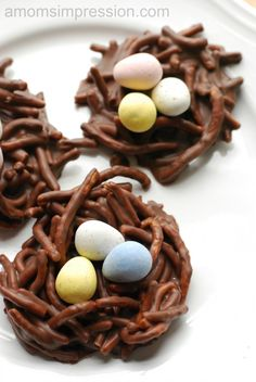 These are so cute and super easy to make! Bird Nest Cookies – Perfect for Easter or an Outdoor Garden Party