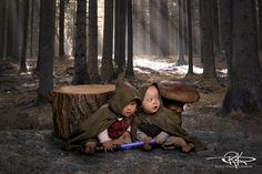 Baby Hobbits hiding from the Nazgul  Keele Photography
